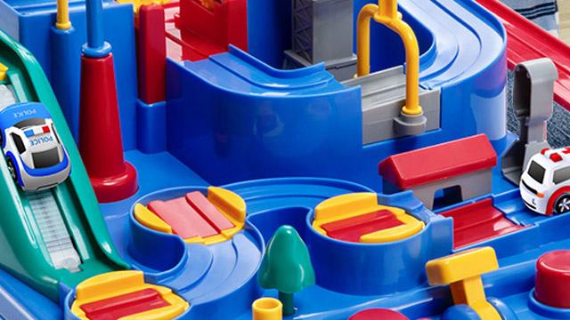 吹塑玩具在吹塑生产加工的过程中会有哪些影响因素?